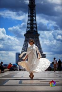 Himu on location in Paris